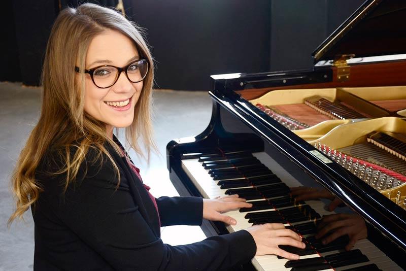 Gemma - Pianista para bodas