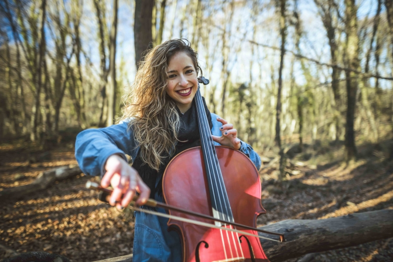 Núria violonchelista para boda